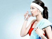 喝水的四大误区,你还一直在损伤你的身体吗